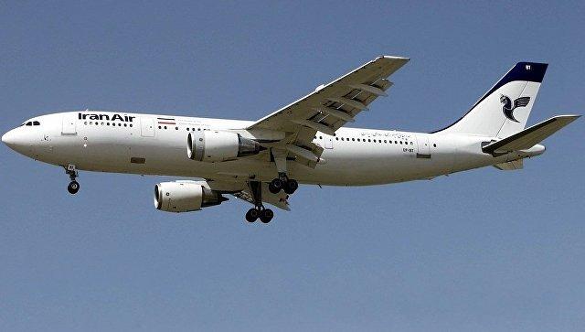 Самолет Airbus A300B2 авиакомпании Iran Air.