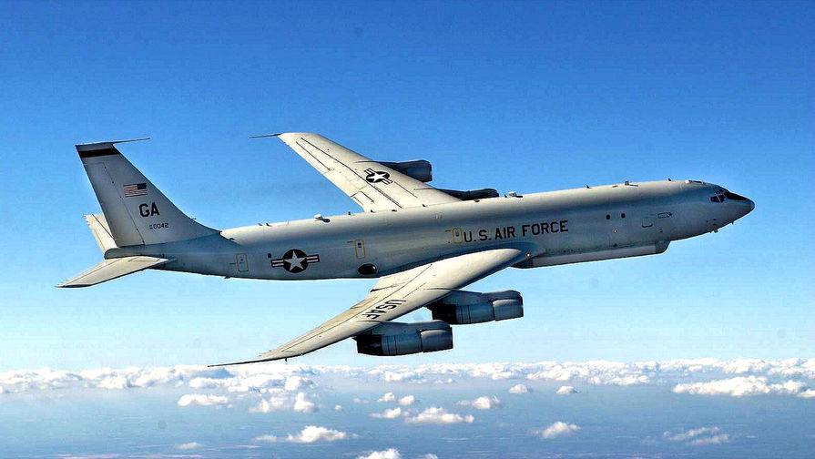 Самолет Boeing E-8 JSTARS.