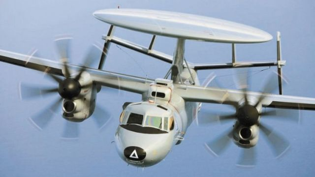 Самолет ДРЛО Е-2D Advanced Hawkeye