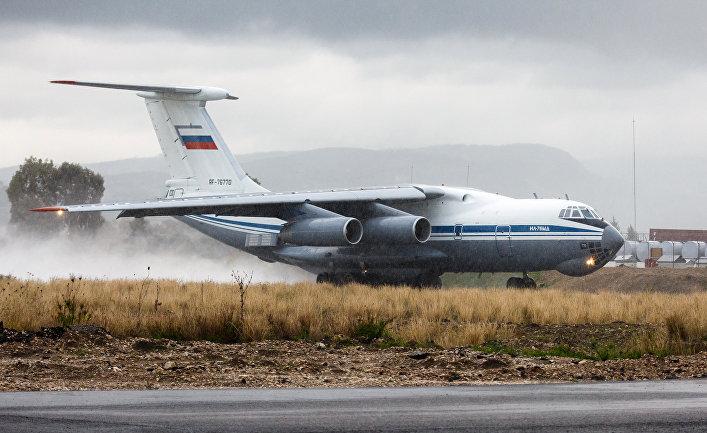 Самолет Ил-76 ВКС России.