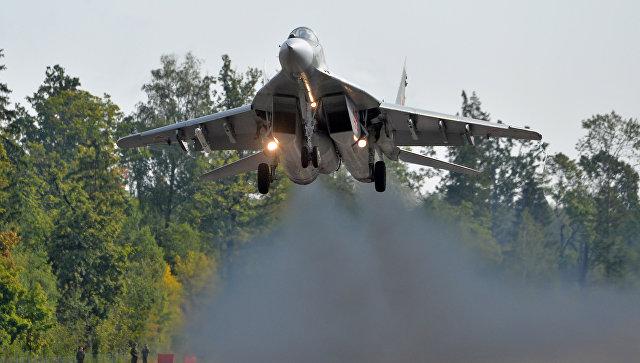 Самолет МиГ-29 ВВС Беларусии в ходе подготовки к совместным учениям вооруженных сил России и Белоруссии Запад-2017.