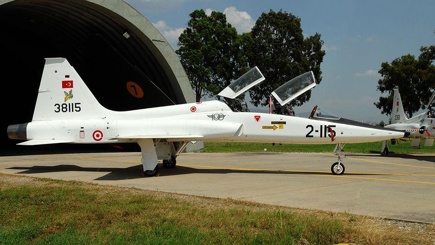 Самолет Northrop T-38A Talon ВВС Турции.