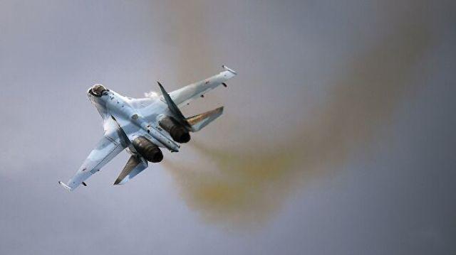 """Самолет Су-35С на Международном военно-техническом форуме """"Армия-2019"""""""