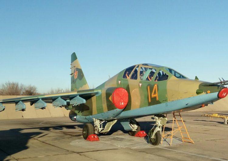 Самолет Су-25 ВВС Казахстана.