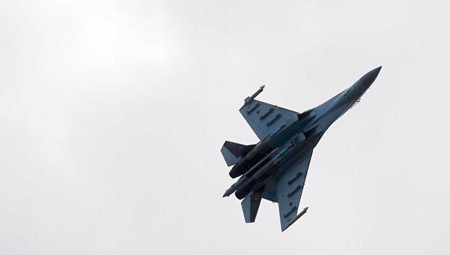 Самолет Су-27. Архивное фото.