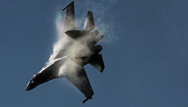 Самолет Су-35