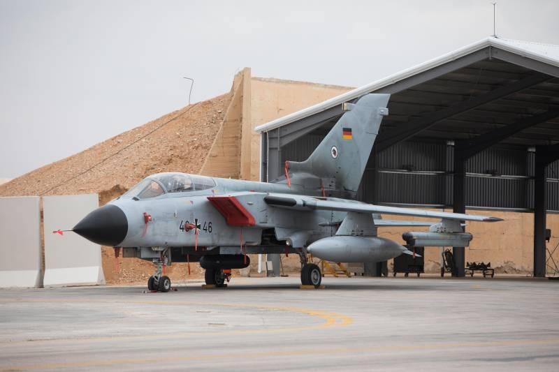 Самолет Tornado ВВС ФРГ.