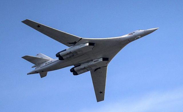 Самолет Ту-160