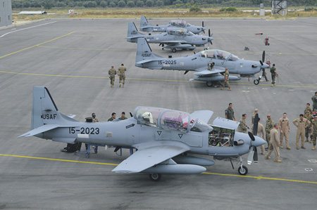 "Самолеты А-29 ""Супер Тукано"" во время передачи ливанским военным."