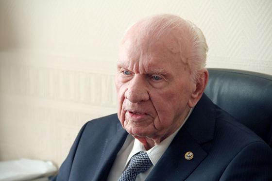 Анатолий Савин