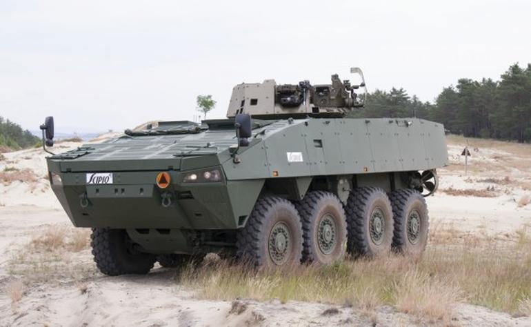 Бронетранспортер Scipio - разработанный при участии словацкой компании EVPU вариант польского БТР КТО Rosomak (лицензионной версии БТР Patria AMV) с необитаемым дистанционно управляемым боевым модулем EVPU Turra 30 с 30-мм автоматической пушкой 2А42, спаренным 7,62-мм пулеметом ПКТ и двумя пусковыми установками ПТУР.