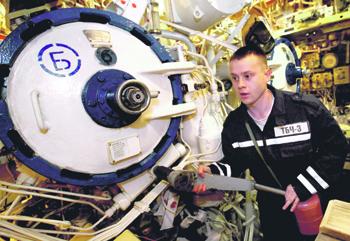 Сегодня торпедные аппараты калибра 533 мм применются экипажами субмарин для пуска крылатых ракет. Фото РИА Новости
