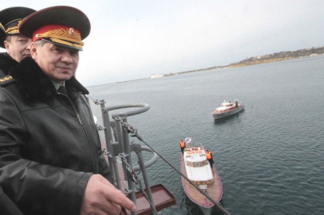 Сергей Шойгу создал и сделал эффективным МЧС России. Затем его умения понадобились уже армии и флоту.