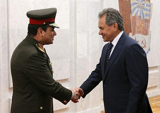 Сергей Шойгу и Абдель Фаттах Саид Эс-Сиси