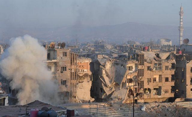 Штурм позиций боевиков террористической организации ИГ (организация запрещена в РФ) в районе бывшего лагеря палестинских беженцев Ярмук в южном пригор