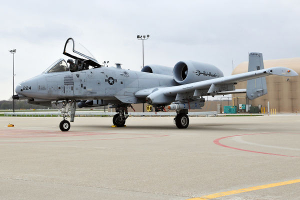 Штурмовик A-10 Thunderbolt II.