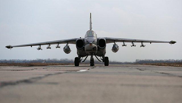 Штурмовик Су-25. Архивное фото.