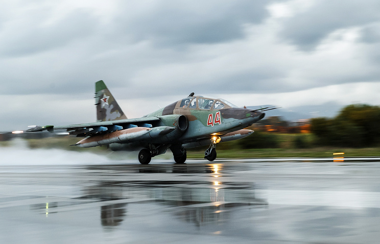 Штурмовик Су-25 на авиабазе Хмеймим.