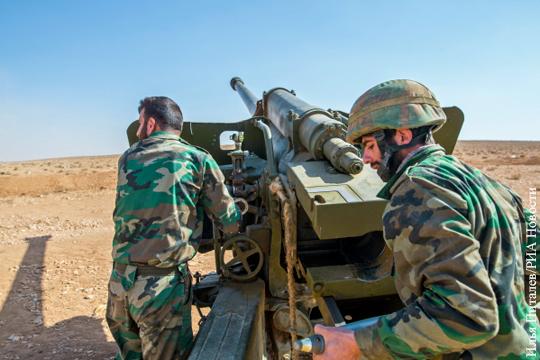 Сирийские артиллеристы отбивали атаки боевиков. Огнем батареи управляли российские советники.
