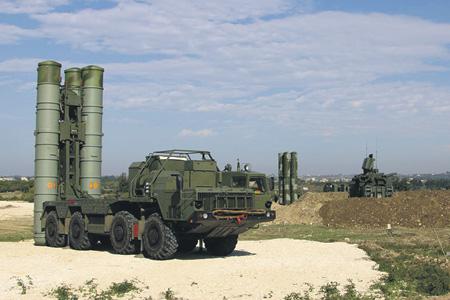 Системы С-400 призваны обеспечивать только безопасность российских военных баз.