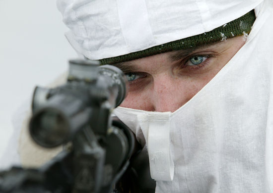 Военнослужащий-снайпер