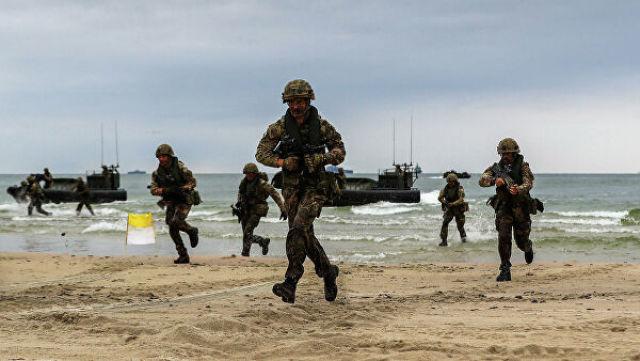 Солдаты Королевского военно-морского флота Великобритании