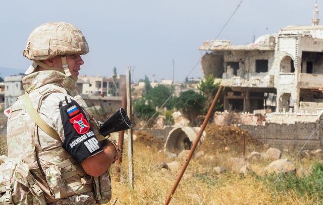 Сотрудник российской военной полиции в Сирии