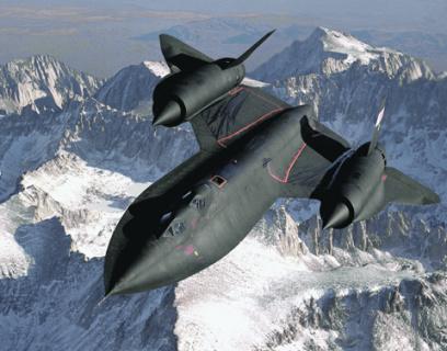 SR-71 «Черный дрозд» был одним из первых самолетов, в которых еще на стадии проектирования спланировали элементы «невидимости». Однако было непонятно, насколько близко он сможет подобраться к советской ПВО. Фото с сайта www.af.mil