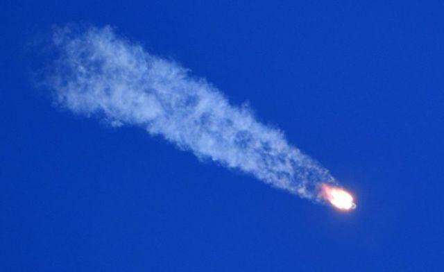 """Старт ракеты-носителя """"Союз-ФГ"""" с пилотируемым кораблем """"Союз МС-10"""""""
