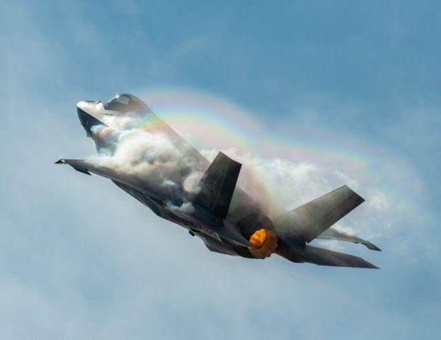 Стелс-истребитель Lockheed Martin F-35A