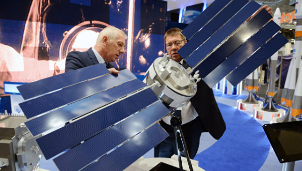 Стенд Роскосмоса на Международном авиасалоне Ле Бурже-2017 во Франции
