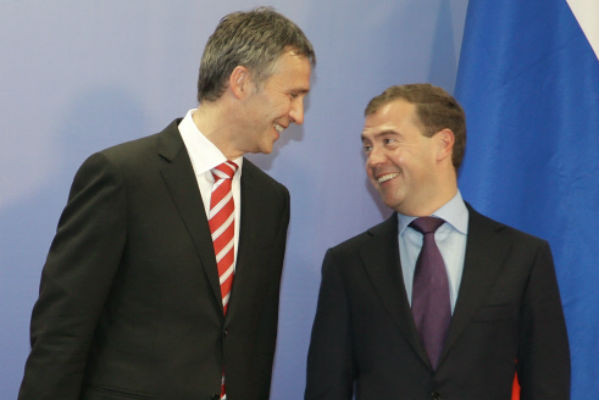 Cентябрь 2010 года: Дмитрий Медведев и Йенс Столтенберг.