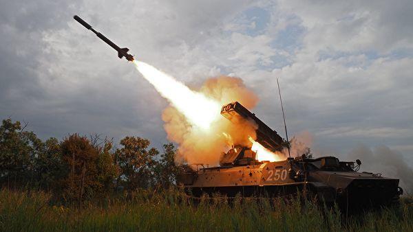"""Стрельбы из зенитно-ракетного комплекса """"Стрела-10"""""""