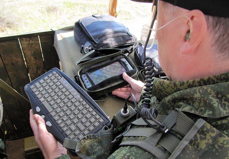 Комплекс разведки управления и связи (КРУС) &quot;Стрелец&quot;-С4ISR тактического звена<br>Источник: http://topwar.ru/