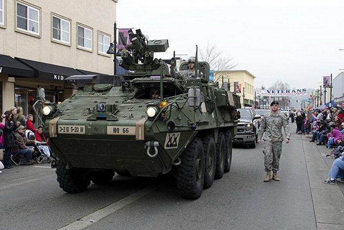 Основной бронетранспортер Stryker ICV.