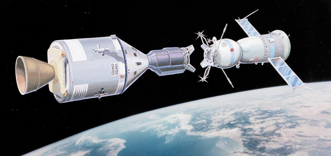 Стыковка советского космического корабля «Союз-19» и американского космического корабля «Аполлон» 15 июля 1975 года.