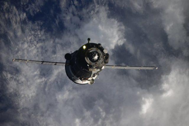 Стыковка «Союз МС-17»