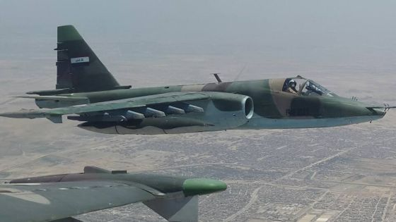 Самолет Су-25
