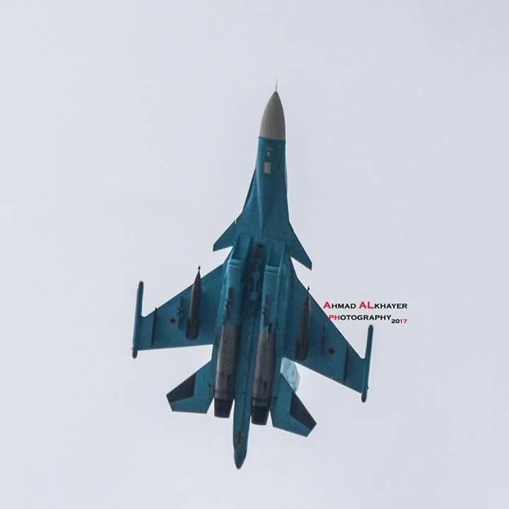 """Су-34 в Сирии с мощными """"лазерными"""" бомбами в 1500 кг."""