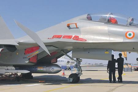 """Авиационная версия ракеты """"Брамос"""" существенно повысит боевой потенциал Су-30МКИ."""