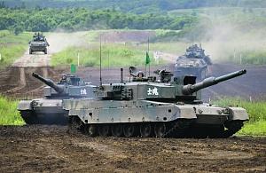 Сухопутные войска Сил самообороны Японии совершенствуют боеготовность на учениях. Фото Reuters.