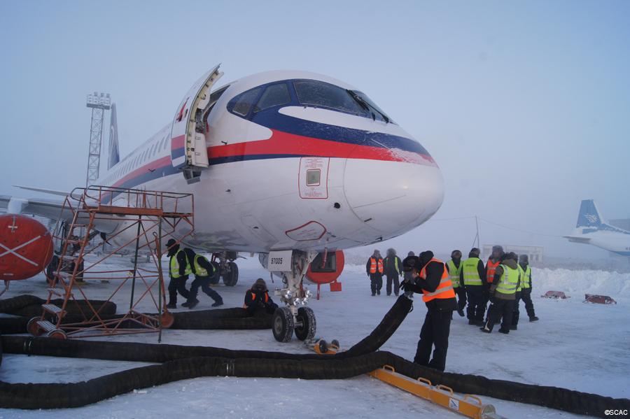 """Климатические испытания на холод четвертого опытного образца самолета Sukhoi SuperJet SSJ100 (регистрационный номер 97005, заводской номер 95005) (c) АО """"Гражданские самолеты Сухого""""."""