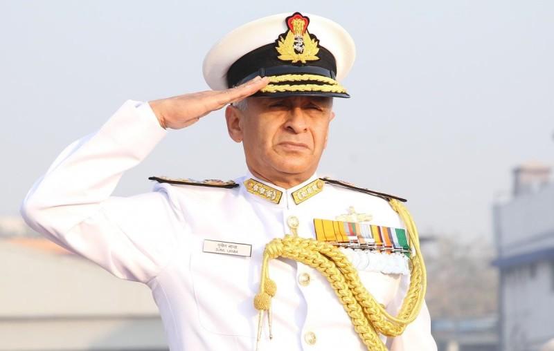 Главком ВМС Индии Адмирал (на фото еще в звании вице-адмирала) Сунил Ланба.