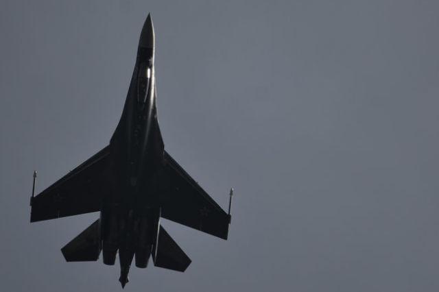 Сверхманевренный истребитель Су-35