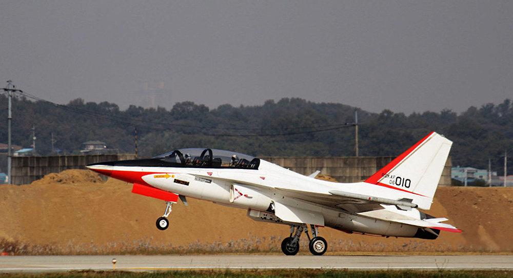 Учебно-боевой самолет Т-50.