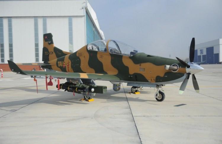Первый опытный образец турецкого турбовинтового легкого боевого самолета TAI Hurkus-С, переоборудованный из первого прототипа учебно-тренировочного самолета Hurkus-A (регистрация TC-VCH).
