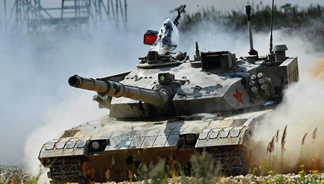 Танк армии Китая. Архивное фото.