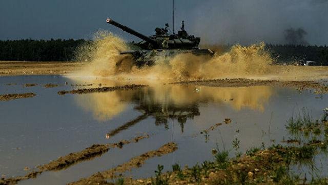 Танк Т-72Б3 во время учений Таманской дивизии