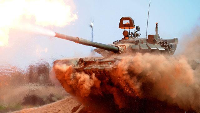 Танк Т-72Б3 на полигоне Кадамовский в Ростовской области.
