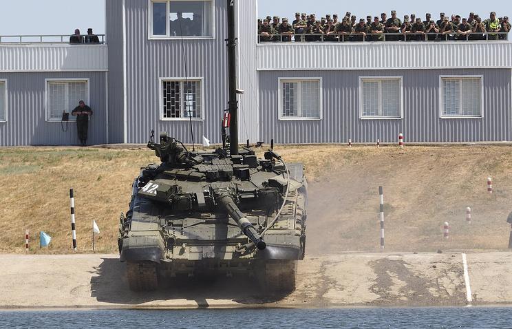 Танк Т-90.